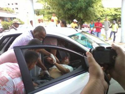 """""""Cigano"""" foi levado para o Hospital de Base, mas não resistiu (foto Oziel Aragão/Portal Sul da Bahia)"""