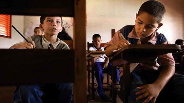 Comissão do Senado aprova número limite de alunos na sala de aula