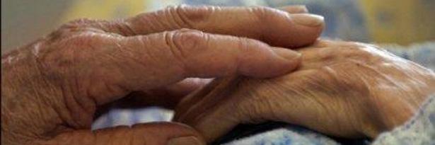 Idosa de 86 anos é estuprada pelo namorado da neta em Salvador