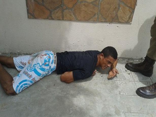 Ipiaú: Suspeito de tráfico de drogas foi preso de manhã e fugiu pela tarde