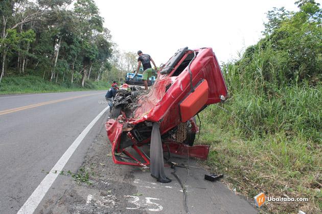Itabuna: Acidente na BR 101 quase termina em tragédia
