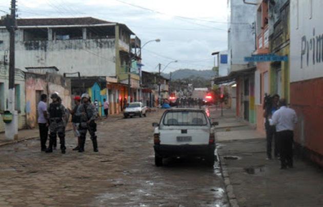 Buerarema: mesmo com policiamento reforçado, clima continua tenso na cidade