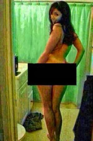 Bomba! Anitta tem celular roubado e fotos íntimas divulgadas na net. Confira.