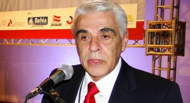 Ex-prefeito de Jequié é suspeito de fraude na compra de medicamentos