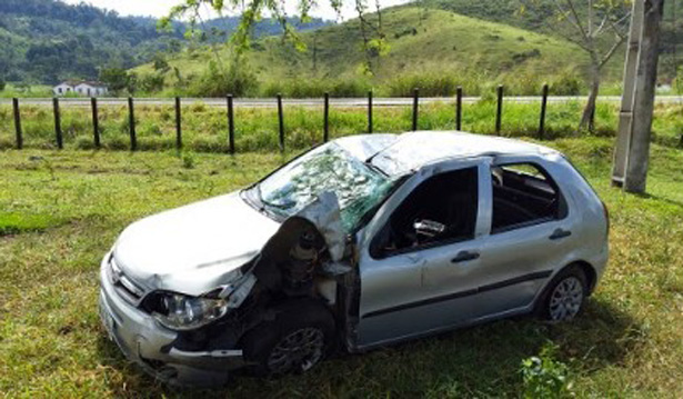 Funcionário da OI fica ferido em acidente na BR-330, em frente a Palmerinha