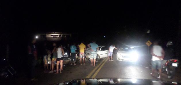 Camamu: Acidente envolvendo dois veículos, deixa passageiros gravemente feridos