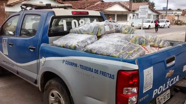Duas toneladas de merenda escolar são apreendidas em lojas de Teixeira de Freitas