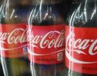 Casal encontra aranha de 5 centímetros dentro de garrafa de Coca-Cola