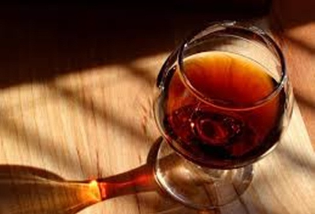 Governo da BA não vai proibir uso e venda de bebida alcoólica no 2° turno.