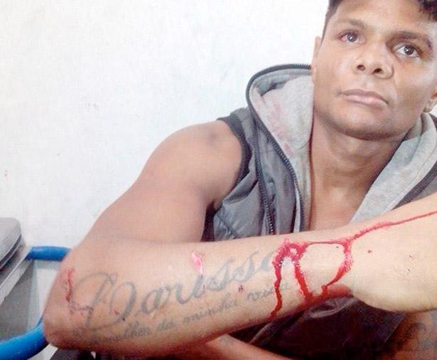 Moreno no Kaprixo é atacado a facadas pela esposa e anuncia fim de carreira musical.
