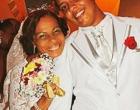 Jovem se casa e vive história de amor com mulher de 60 anos