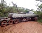 Maraú: Carreta atravessada na BR- 030 por mais de 12hs provoca transtornos
