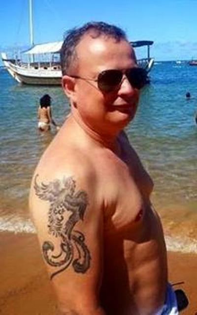 Juiz baiano posta foto de sunga em solidariedade a juíza criticada por foto de biquíni