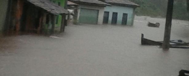Distrito de Acaraí, em Camamu ficou com mais de 50% de sua totalidade submersa durante chuvas