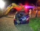 Motorista capota o carro ao desviar de motocicleta na zona rural de Itagibá