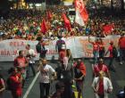 Protesto contra falta de água reúne  8 mil sem-teto em São Paulo, diz PM