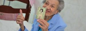 """Com 120 anos, soteropolitana pode ser a mais velha do mundo: """"Eu quero é mais"""""""
