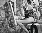 Karen Junqueira posa de lingerie para ensaio sensual