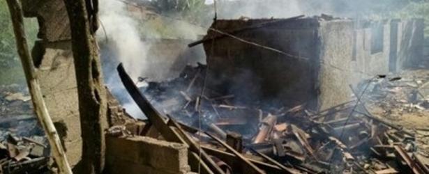 Barra do Choça: Casa onde produzia fogos pega fogo; ninguém ficou ferido