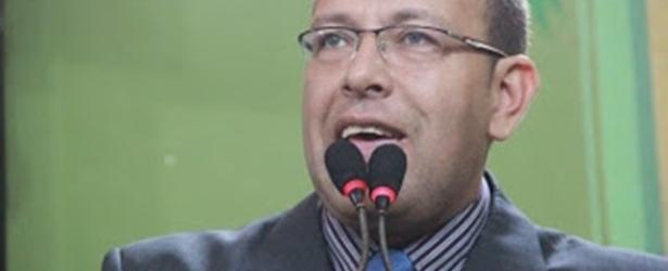 Justiça determina reintegração de Marco Prisco ao quadro da PM