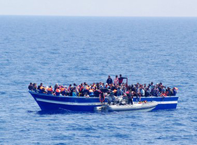 Malásia e Indonésia aceitam dar refúgio a 7 mil imigrantes à deriva