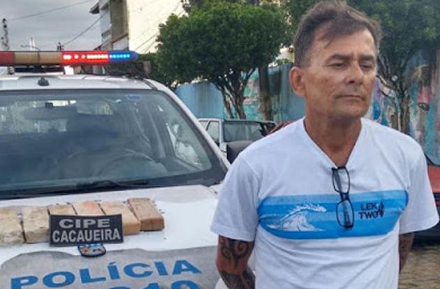 Camamu: Homem é preso com maconha dentro de ônibus