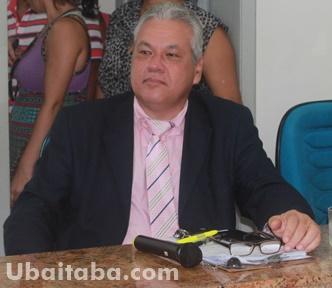 O vereador Zé Carlos permaneceu firme com seu voto. Foto: Ubaitaba.com