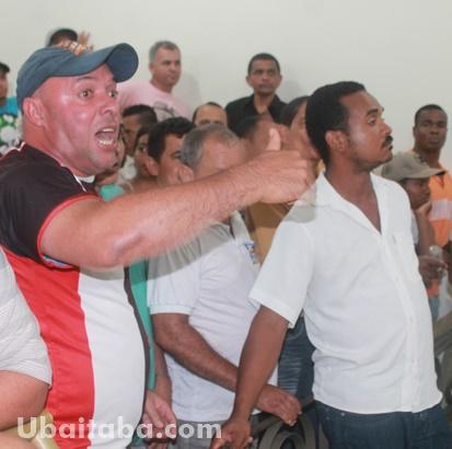 O público participou da sessão do início ao fim. Foto: Ubaitaba.com