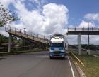 Ubaitaba: Sem passarela, moradores reclamam de riscos para atravessar BR-101