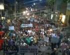 Jequié: Populares vão ás ruas e pedem a saída da prefeita Tânia Britto