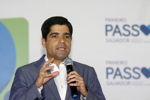 ACM Neto nomeia políticos em cargos técnicos com salários estratosféricos