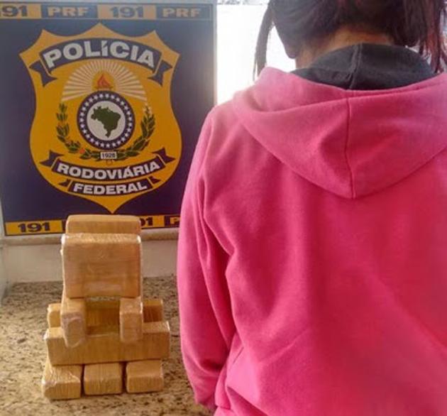 Conquista: PRF apreende 6kg de cocaína com jovem de 17 anos