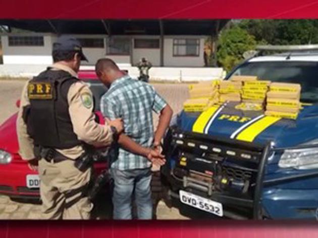 Três pessoas foram presas na terça-feira (29), em Vitória da Conquista, no sudoeste da Bahia, suspeitas de tráfico de drogas.