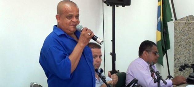 Maraú: Vereadores Bonitinho e Damião, denunciam servidores que recebem sem trabalhar