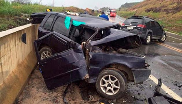 Homem morre em acidente na BR-101, no extremo sul da Bahia