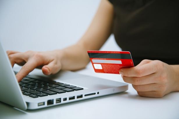 Clientes de Bancos agora podem abrir e fechar contas pela internet