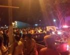 Carro de prefeito é apedrejado no sul da Bahia em protesto de moradores