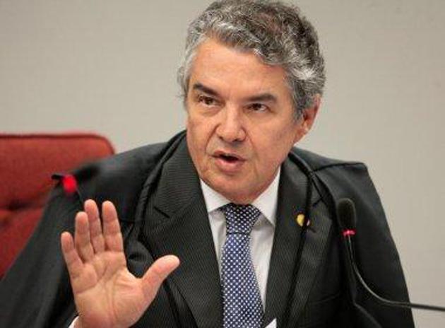 Ministro do STF determina que Cunha dê prosseguimento a impeachment de Temer
