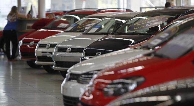 Governo cria seguro popular de carro que custará 30% menos