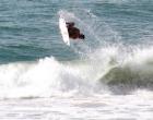 Itacaré: Felipe Toledo dá um show de surf nas ondas da Praia da Tiririca
