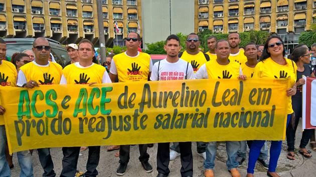 ACS e ACE de Ubaitaba e Aurelino Leal reivindicam reajuste salarial e outros direitos em Salvador