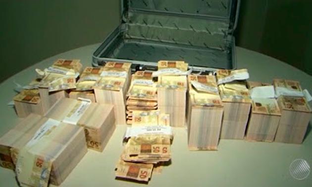 dinheiro-falso-conquista