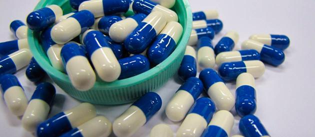 """Em decisão liminar, STF suspende lei que liberava """"pílula do câncer"""""""