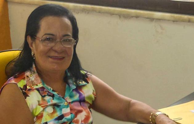Prefeita de Camamu, Emiliana Assunção, é acusada de desviar R$370 mil do FUNDEB