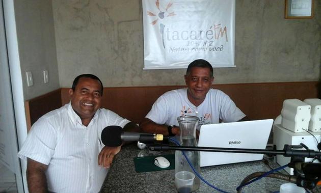 Ex-prefeito de Itacaré mente ao dizer em entrevista que é assessor da Prefeita de Aurelino Leal