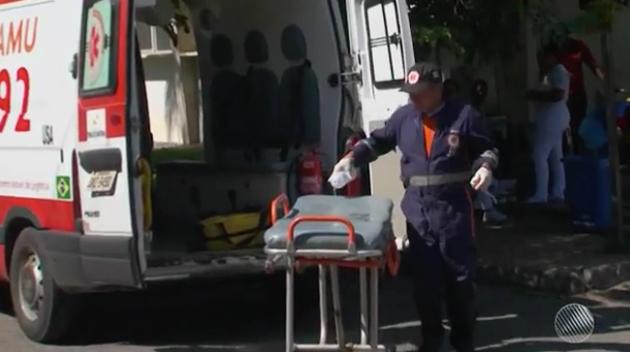 Feira de Santana: Bebê cai no chão logo após nascer e morre em posto de saúde