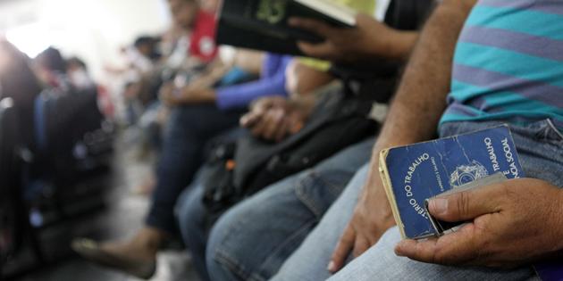 Economia baiana perde 7.976 vagas com carteira assinada em junho