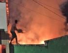 Vela provoca incêndio que destrói casa em Ubaitaba