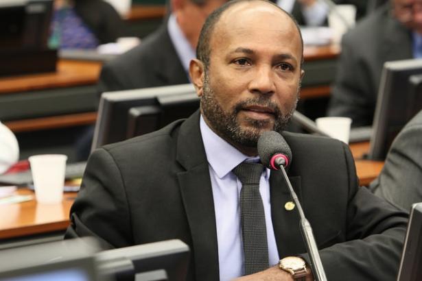 Bebeto Galvão confirma candidatura em Ilhéus