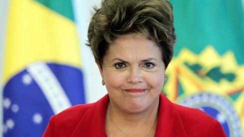 Senado decide tornar Dilma ré em processo de impeachment